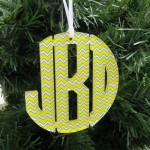 Circle Christmas Ornament Monogram – Chevron
